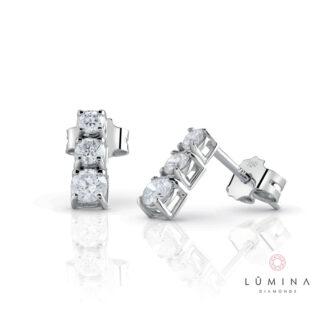 Orecchini Trilogy in oro con 6 diamanti a scalare